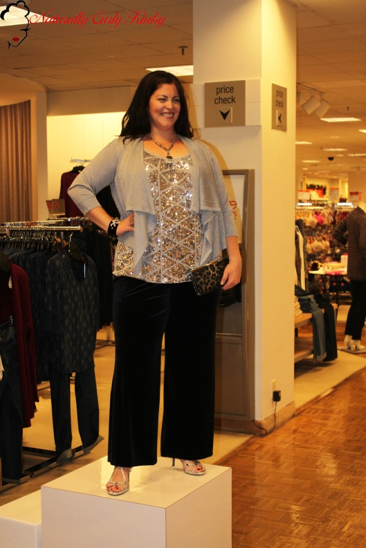 Plus Size, Plus Size Fashion, Plus Size Fashion Events, Curvy Events, Macy's, Reah Norman, Curvy Girls, Shopping, Shopping event, Stylist, Blogger, PLUS Model Magazine,